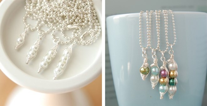 mamas sweet peas personalized necklace